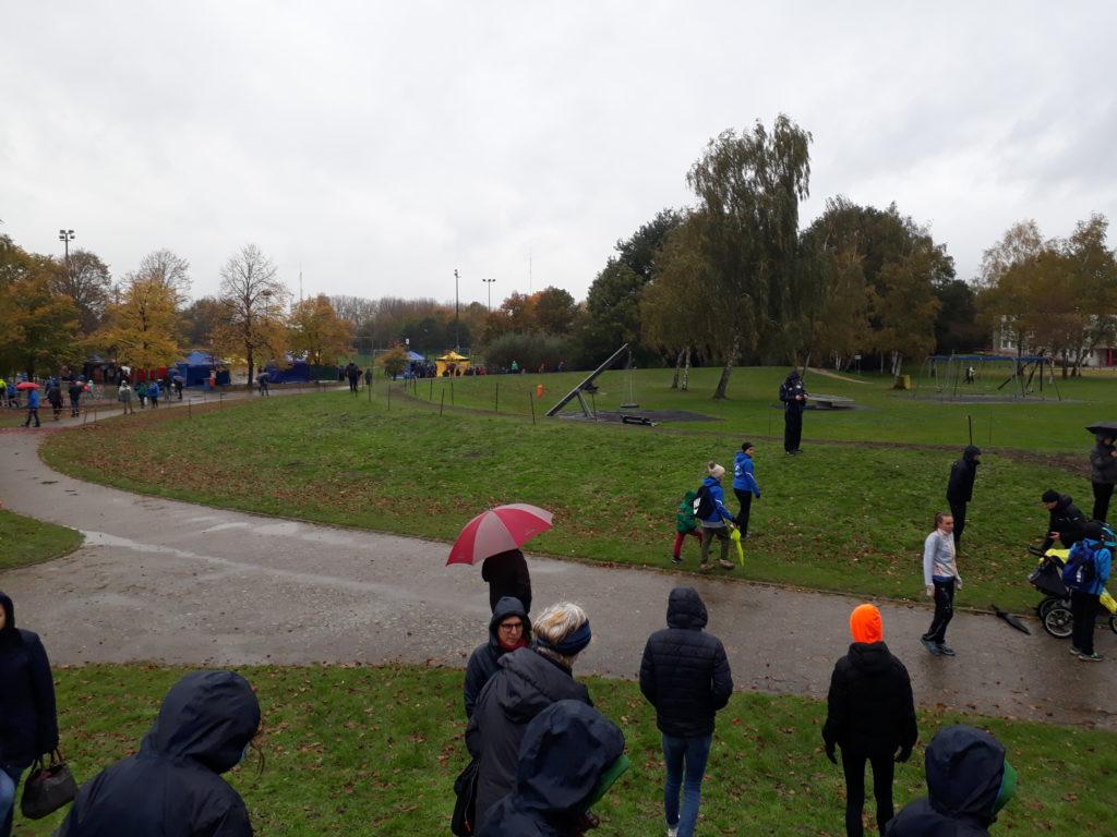 Zwatters trotseren koude, regen en modder in Mechelen